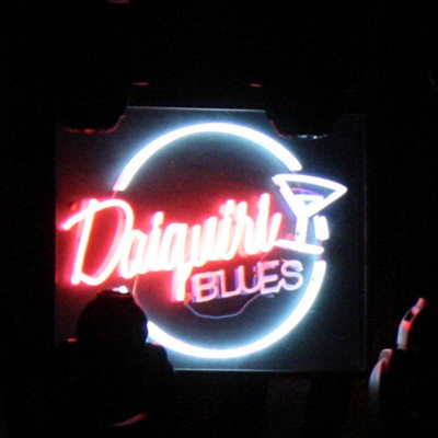 Luminoso de Daiquiri Blues en el escenario del Florida Park