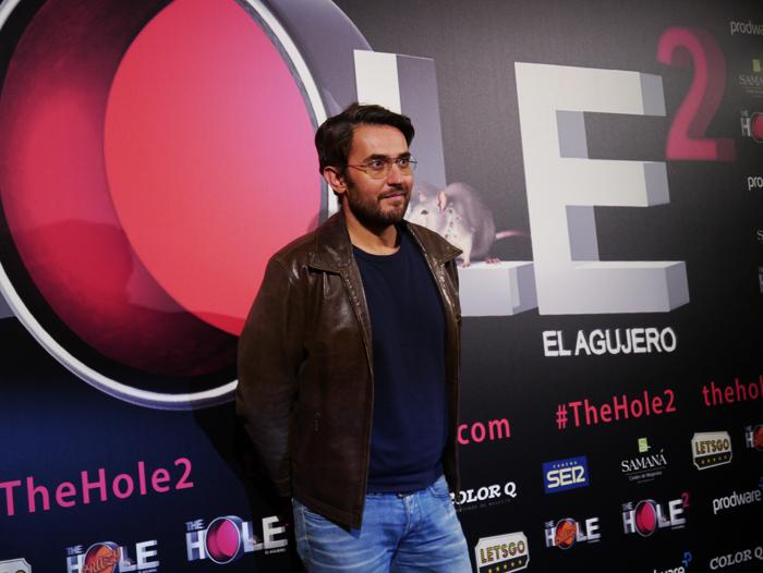 El periodista Màxim Huerta fue de los primeros en llegar a la cita.