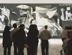 El Cuadro de el Guernica en el Museo Reina Sofia de Madrid