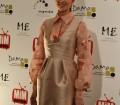 Imagen de Dafne Fernández posando en los Premios MIM Series