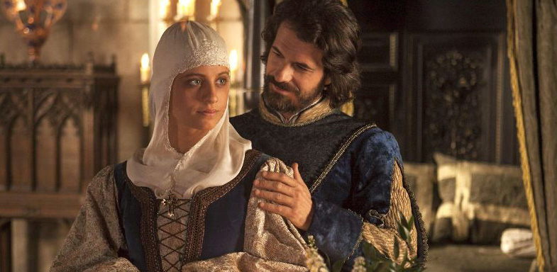 Escena de Isabel con Rodolfo Sancho y Michelle Jenner