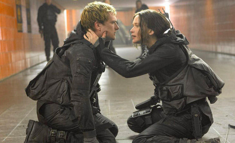 Jennifer Lawrence y Josh Hutcherson, Katniss y Peeta respectivamente