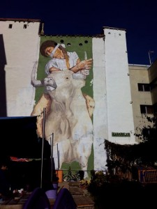 """Mural del artista Casassola, """"Europa Raptada"""" en el solar Okupado de Grilo"""
