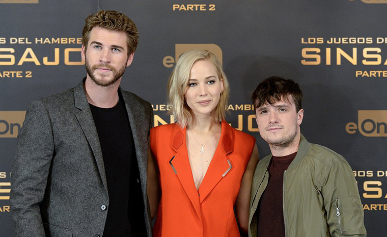 Liam Hemsworth, Jennifer Lawrence y Josh Hutcherson durante el photocall (Foto: FilmMagic)