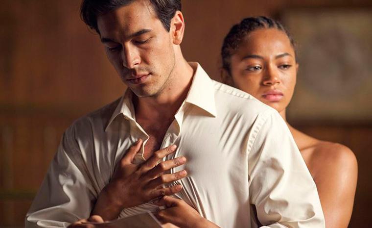 Mario Casas y Berta Vázquez interpretan la historia de amor entre Killian y Bisila