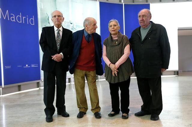Los artistas Julio López Hernández, Antonio López, Isabel Quintanilla y Francisco López Hernández, durante la presentación en el Museo Thyssen-Bornemisza de 'Realistas de Madrid' Fernando Alvarado (Efe)