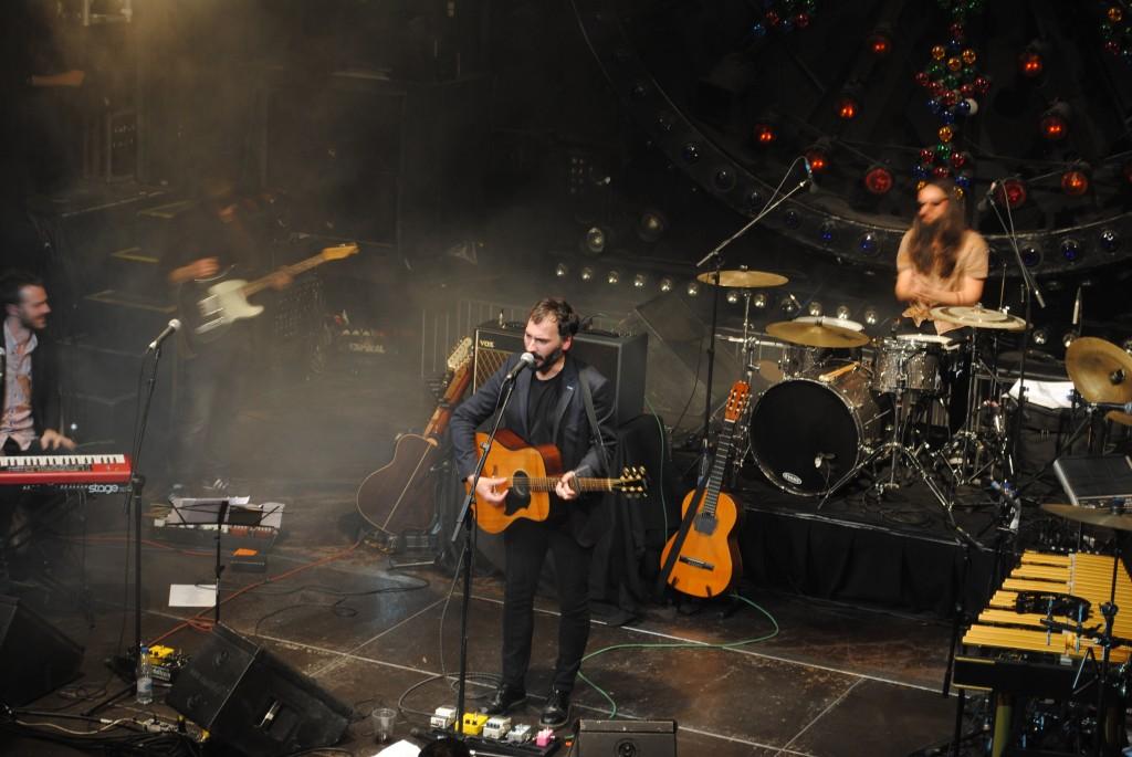 The New Raemon sobre el escenario | Foto de Guillermo Chaparro