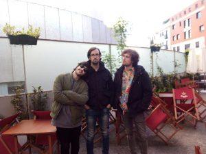 Los componentes de Belöp (César, Fermo y Fabio) durante la entrevista