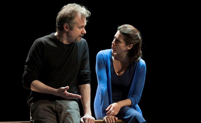 Alicia Borrachero y Tristán Ulloa conversan durante la función