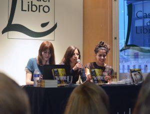 Irina C. Salabert (editoria), Noemí Risco Mateo (traductora) y Paula González (editora)
