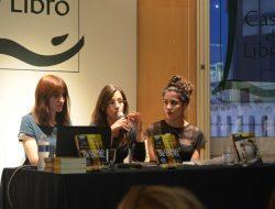 Las editoras de Nocturna y la traductora de El Corredor del Laberinto