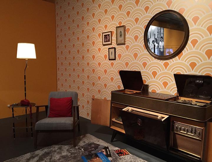 Radio en salón de casa