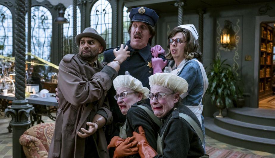 Los compañeros de teatro del conde Olaf que le ayudan a realizar el mal
