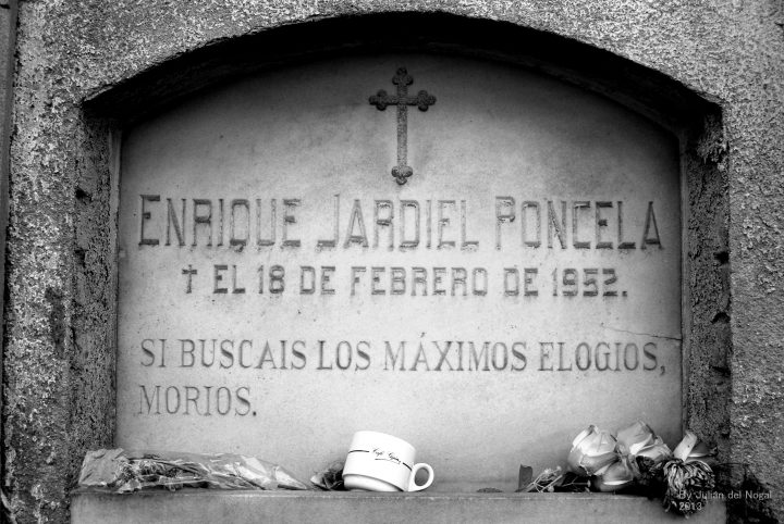Tumba de Jardiel Poncela