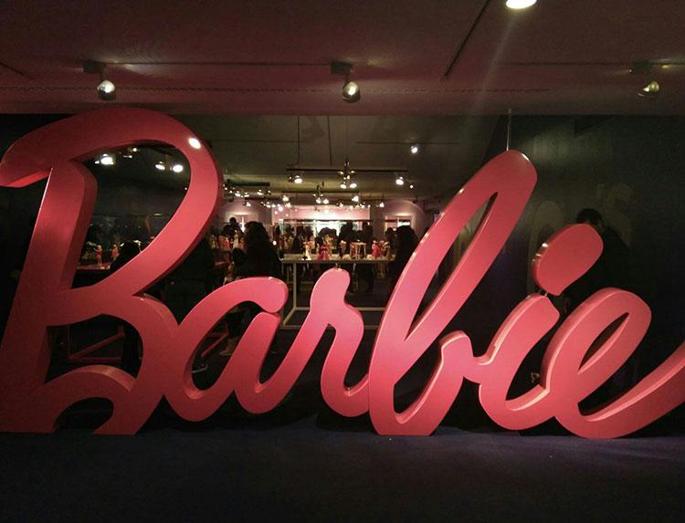 Barbie más allá de la muñeca