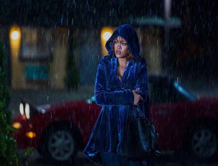 Marion Crane interpretada por Rihanna