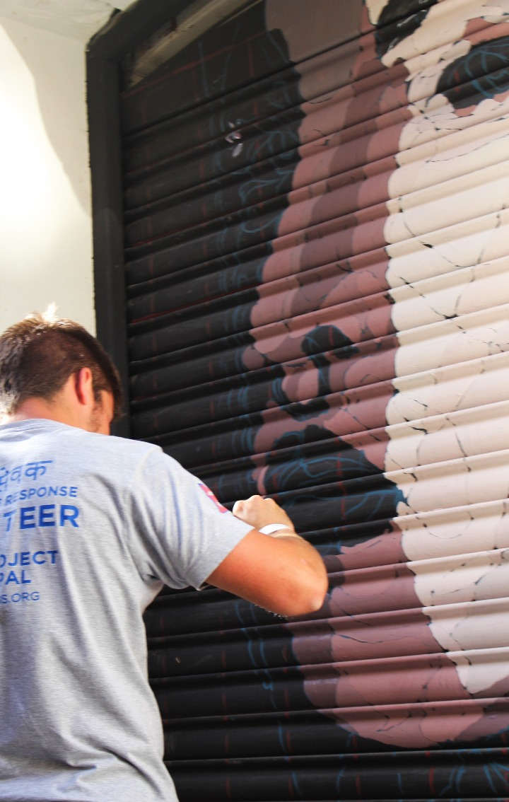 Intervención en ¡Pinta Malasaña! Foto de Marina Prats