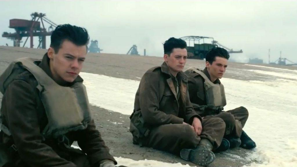 Harry Styles, Aneurin Barnard y Fionn Whitehead en Dunkerque