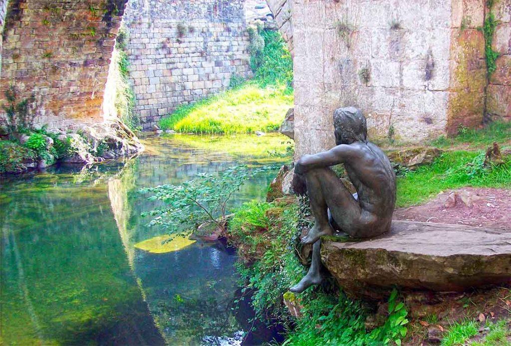 El hombre pez y el puente de Liérganes | Foto: espacio Cantabria
