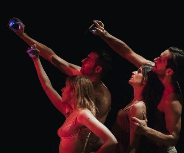 F.O.M.O, obra teatral del colectivo Fango
