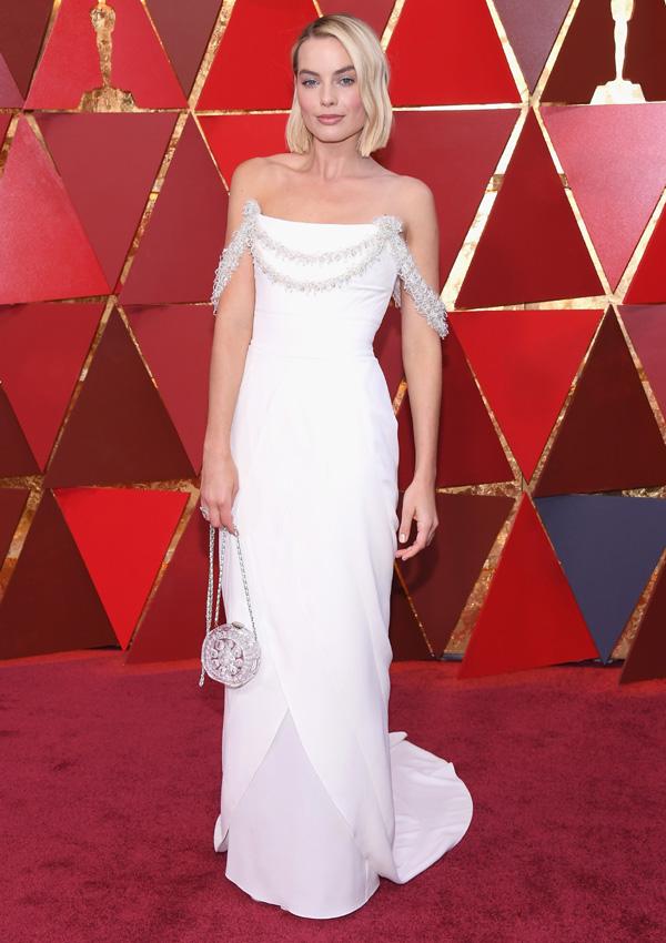 Margot Robbie, con un vestido impecable de Chanel. Estaba nominada a Mejor actriz por su papel Yo, Tonya.