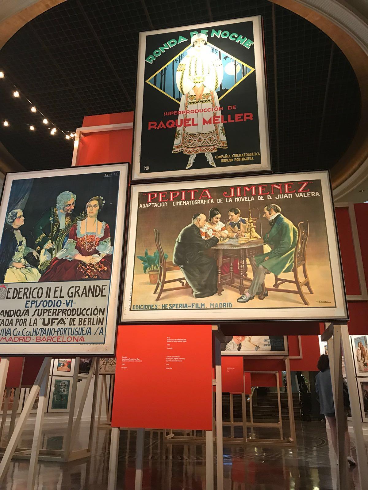 Carteles exposición 'Memoria de Luz' en el Instituto Cervantes de Madrid
