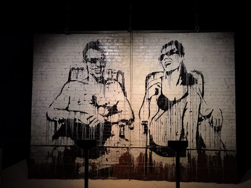 Mural Stop Esso