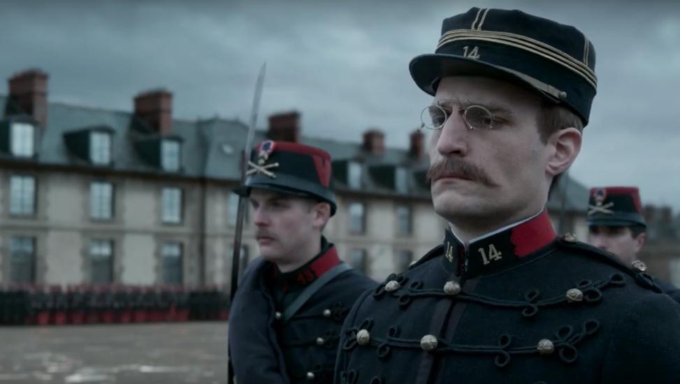 Louis Garrel como Alfred Dreyfus en la última cinta de Roman Polanski