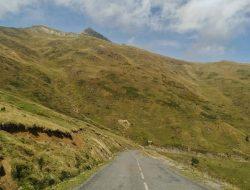 La carretera que lleva a la Selva de Irati