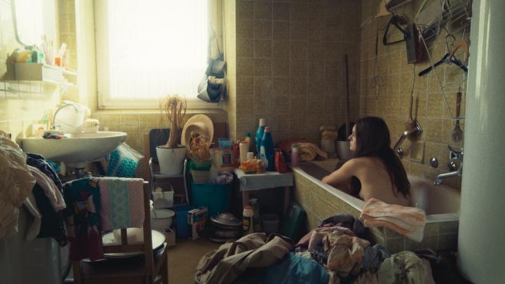 'Time of Moulting' narra la vida de una desestructurada familia en la Alemania de los 70
