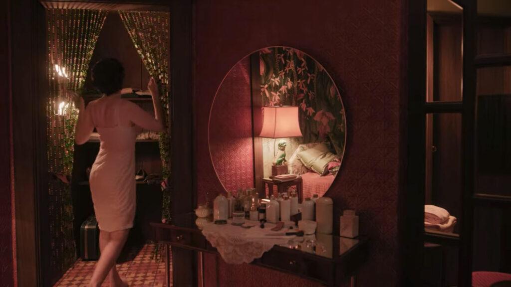 Alma Wheatley en la habitación del Hotel Aztec Palace de Ciudad de México