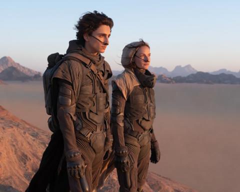 Timothée Chalamet y Rebecca Ferguson en Dune